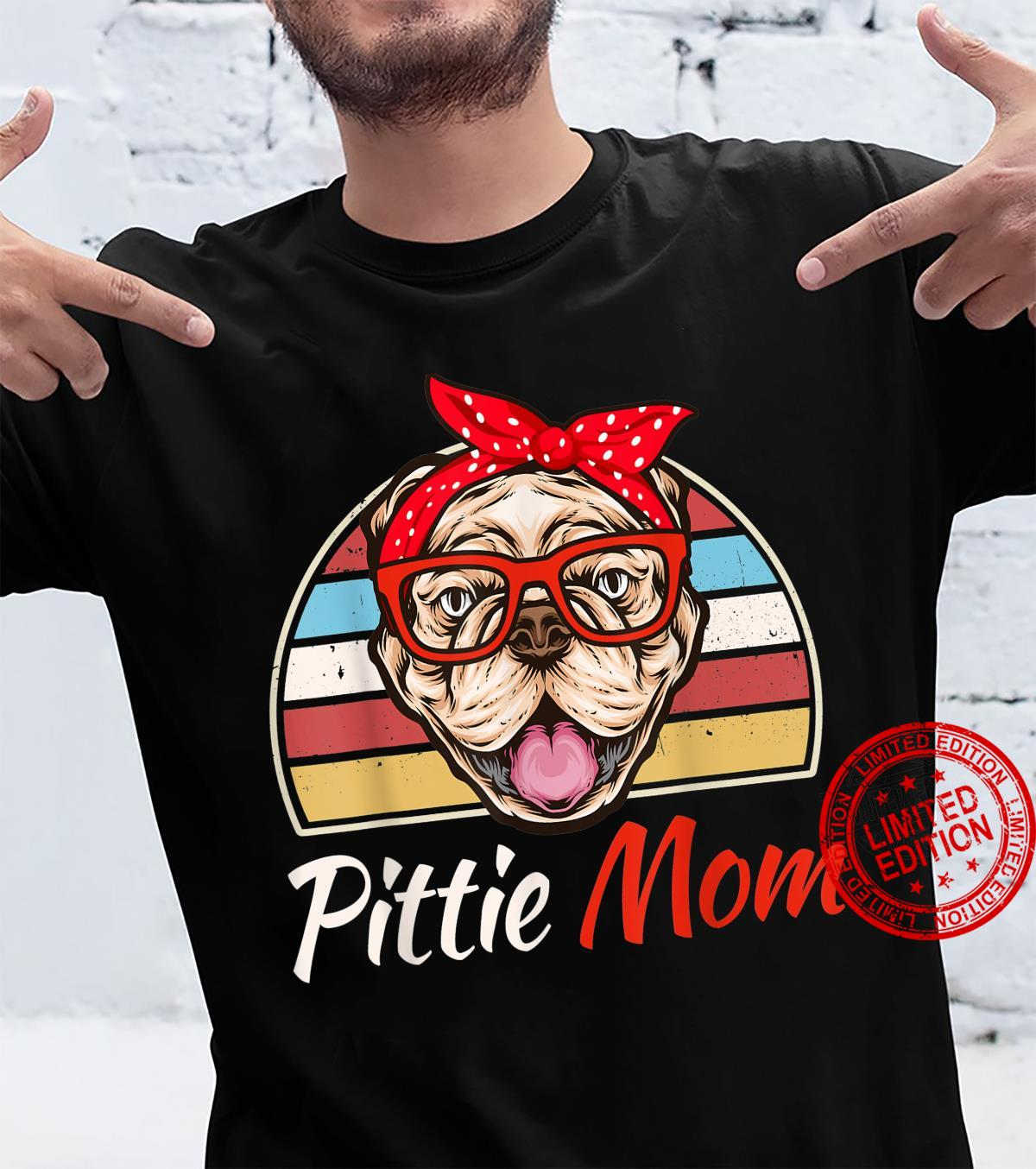 Funny Vintage Pittie Mom American Pitbull Terrier Dogs Shirt