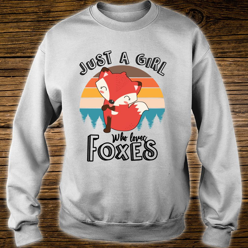 Just A Girl Who Loves Foxes Cute Fox Animal Shirt sweater
