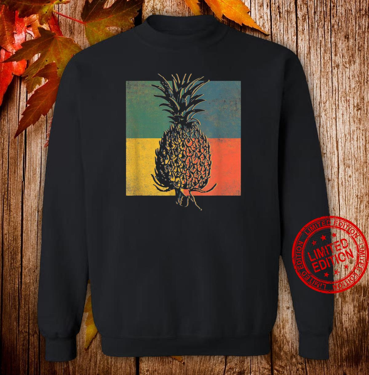 Tropical Pineapple Fruit Vintage Retro Shirt sweater