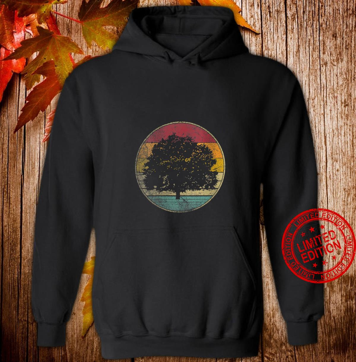 Womens Tree Nature Outdoors Vintage Distressed Retro Silhouette 70s Shirt hoodie