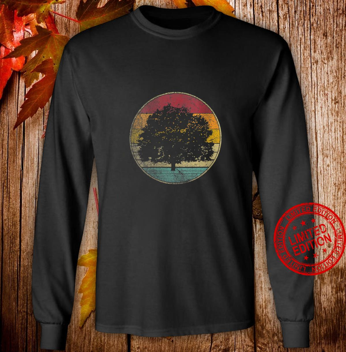 Womens Tree Nature Outdoors Vintage Distressed Retro Silhouette 70s Shirt long sleeved