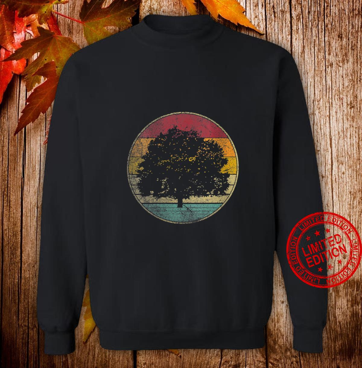 Womens Tree Nature Outdoors Vintage Distressed Retro Silhouette 70s Shirt sweater